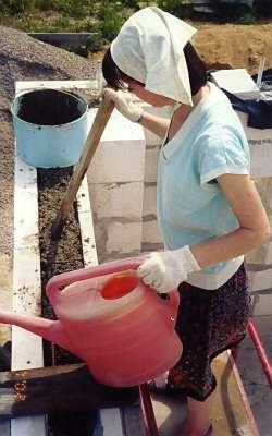 Укладка бетона в несъемную опалубку