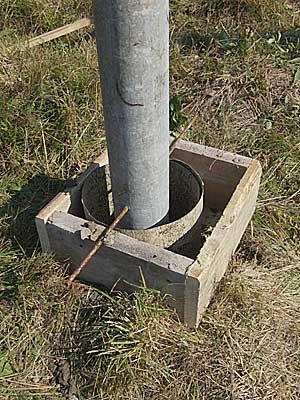 Установка асбоцементного столба по высоте