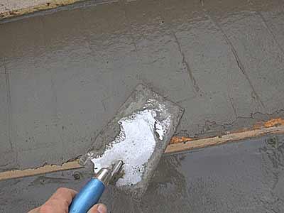 Заглаживание поверхностей бетона